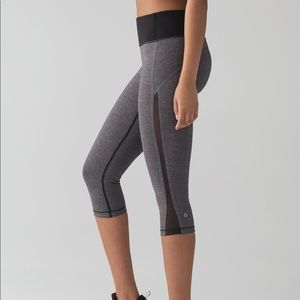Lululemon Smooth Stride Crop
